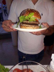 שמרתוק - המבורגר לבר/בת מצווה